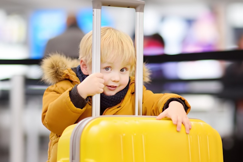 The Many Hidden Benefits of Traveling On Your Children